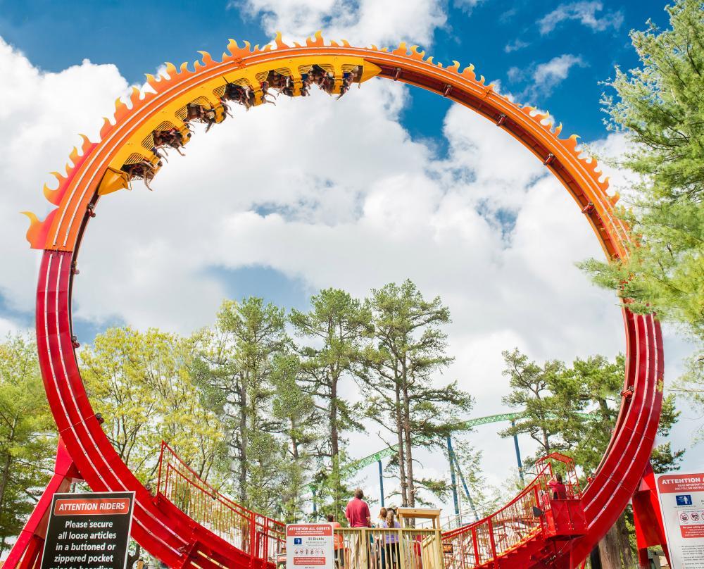 El_Diablo_Roller_Coaster.thumb.jpg.416e5679887e727c063d361f964638da.jpg