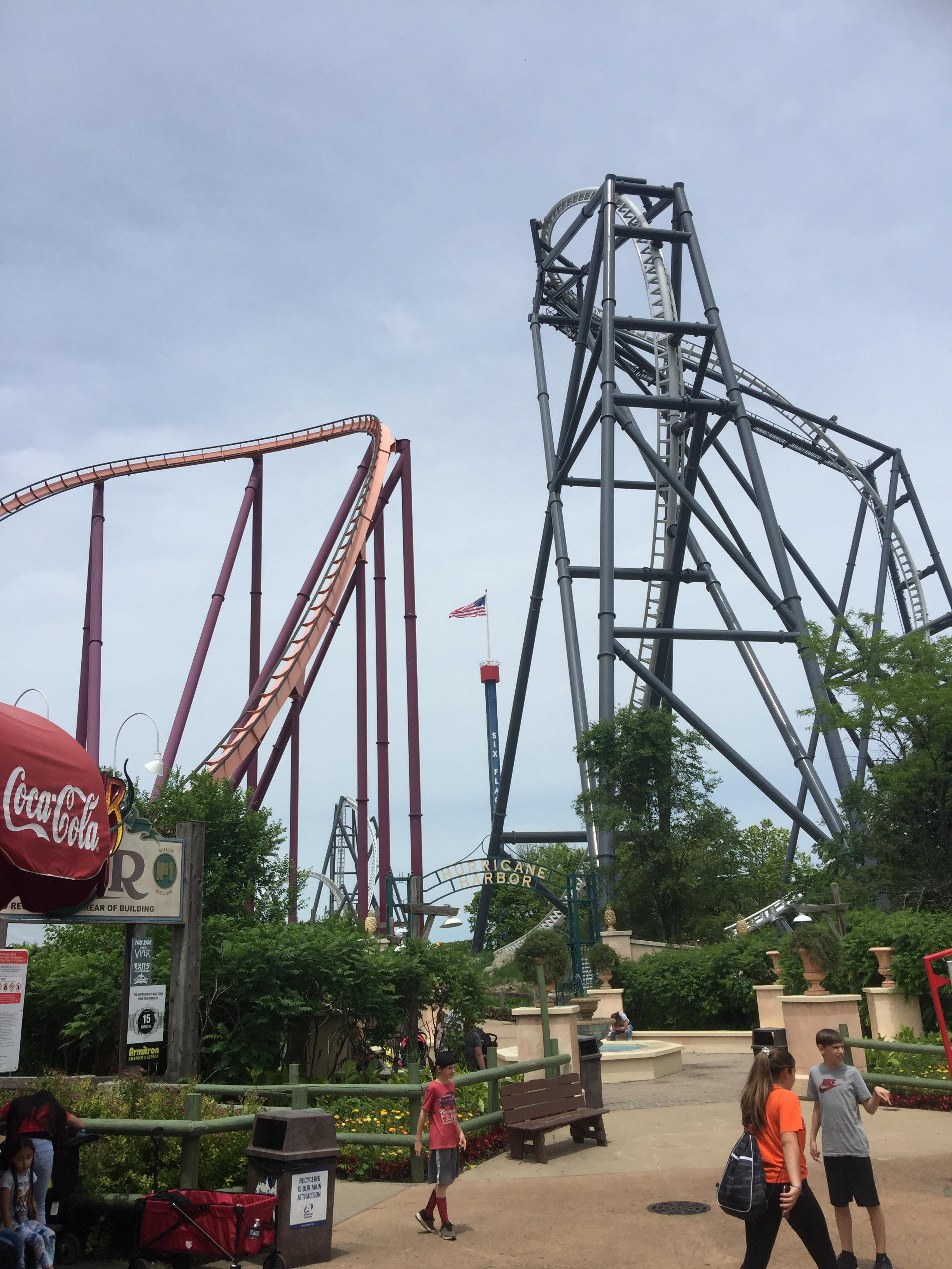 Six Flags Great America Review: Have a Six Flags Day!
